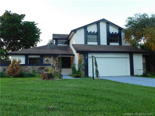 Photo of Listing MLS a10798972 in 14819 SW 45th Ln Miami FL 33185