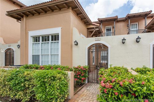 Photo of Listing MLS a10859973 in 975 SW 146th Ter #975 Pembroke Pines FL 33027