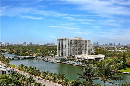Photo of Listing MLS a10676974 in 4401 COLLINS AVE #1206 Miami Beach FL 33140