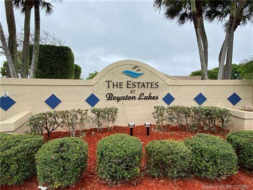Photo of Listing MLS a10821974 in 5 Boswell Pl Boynton Beach FL 33426