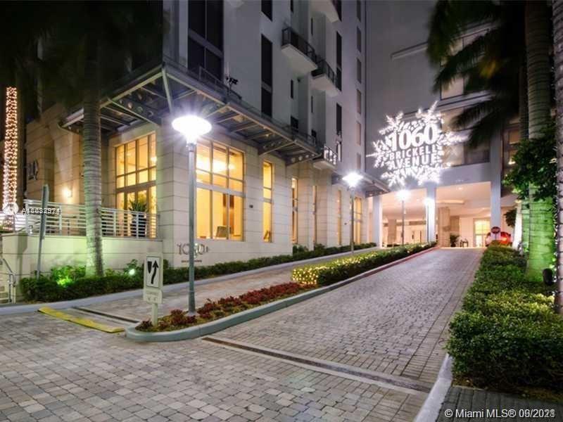 1060 Brickell Ave #1207, Miami, FL 33131 - #: A11033974