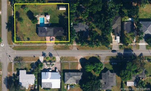 Photo of 329 NW 13th St, Homestead, FL 33030 (MLS # A10926975)
