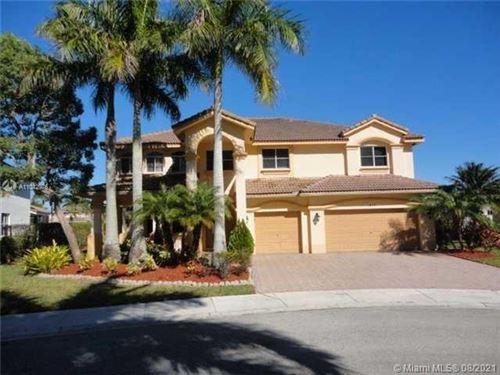 Photo of 1425 Crossbill Ct, Weston, FL 33327 (MLS # A11042976)
