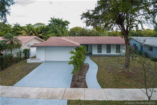 Photo of 16431 Stonehaven Rd, Miami Lakes, FL 33014 (MLS # A10834977)