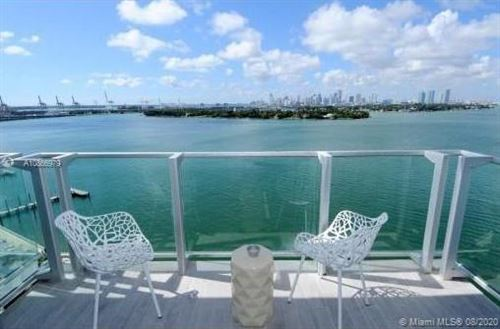 Foto de inmueble con direccion 1100 West Ave #422 Miami Beach FL 33139 con MLS A10866979