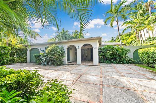 Photo of 4150 El Prado Blvd, Coconut Grove, FL 33133 (MLS # A10941979)