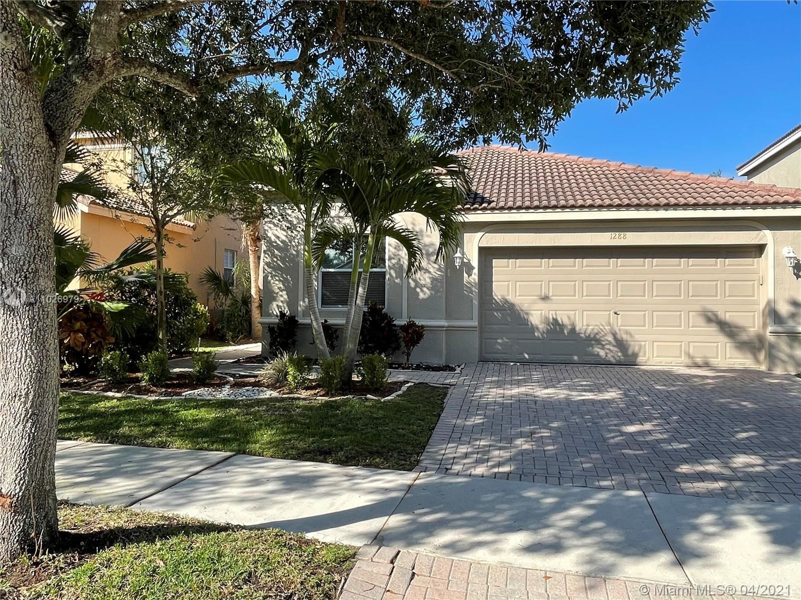 1288 Chinaberry Dr, Weston, FL 33327 - #: A11026979