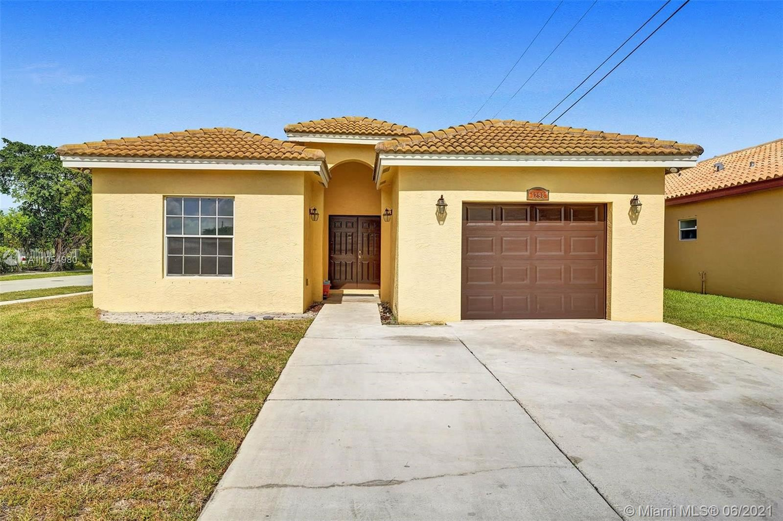 1298 NW 29th Way, Fort Lauderdale, FL 33311 - #: A11054980