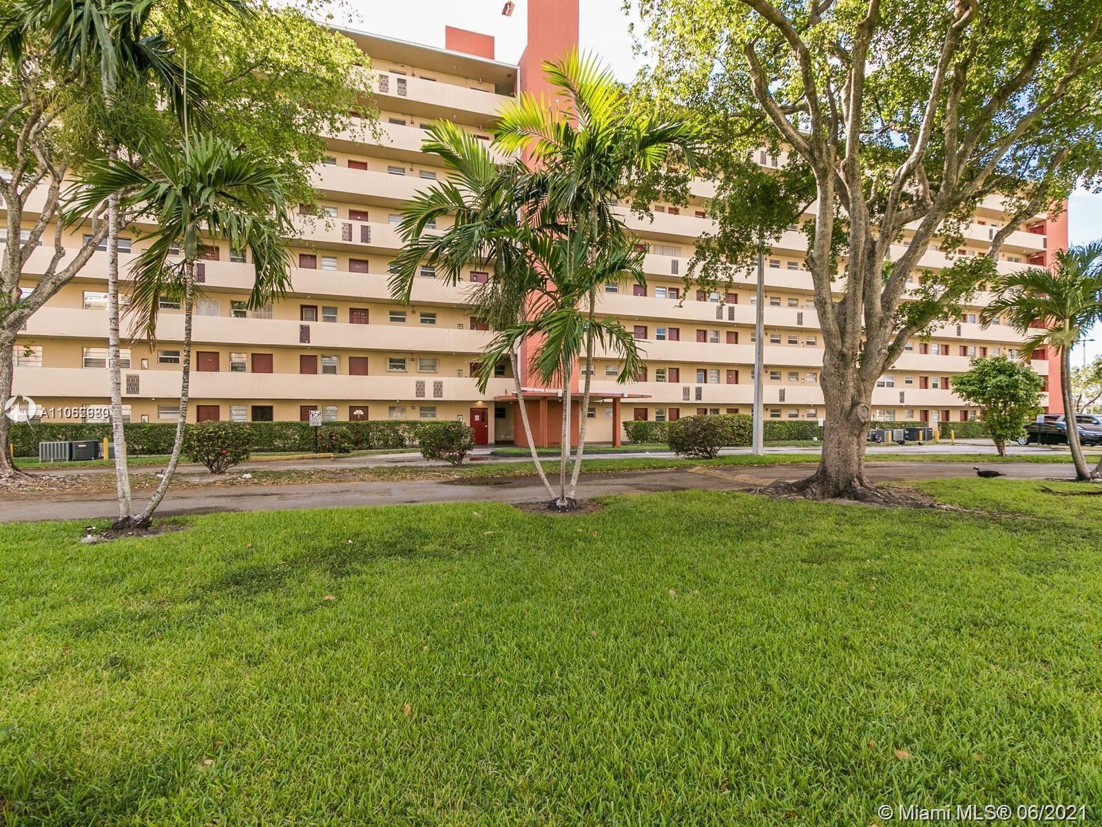 1770 NE 191st St #104-1, Miami, FL 33179 - #: A11062980