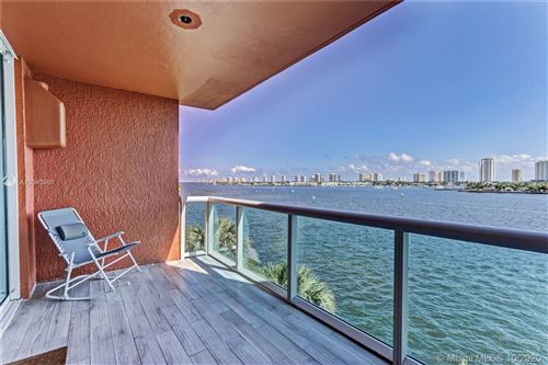 Foto de inmueble con direccion 2640 E Lake Shore Dr #415 Riviera Beach FL 33404 con MLS A10943981