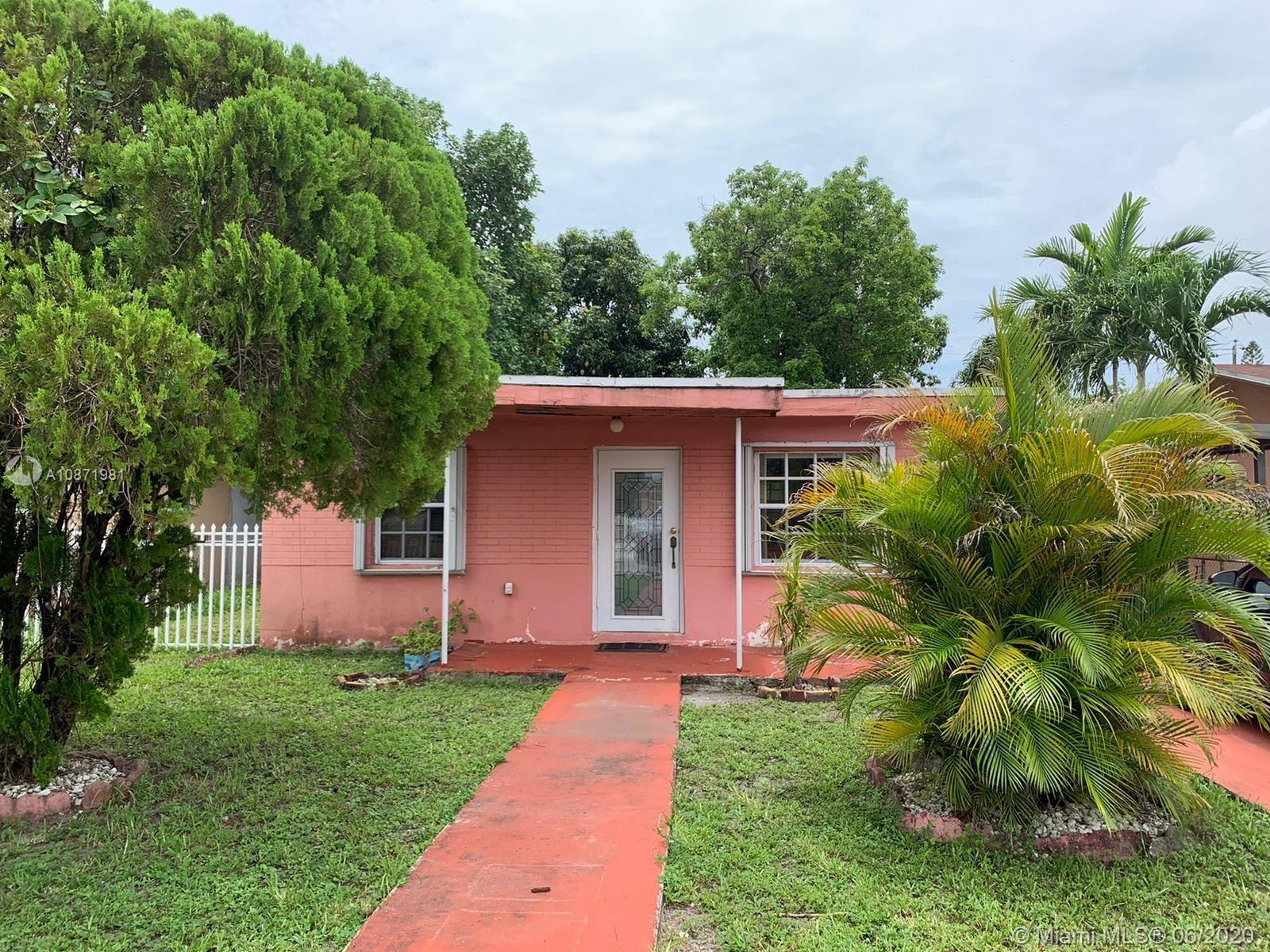 3520 NW 100th St, Miami, FL 33147 - #: A10871981