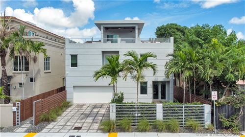 Photo of 915 SE 2nd Ct, Fort Lauderdale, FL 33301 (MLS # A11100982)