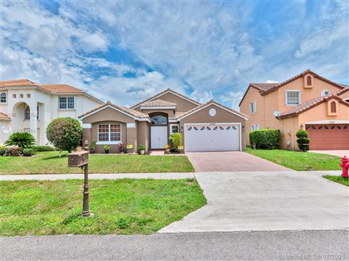 Photo of 10656 Plainview Cir #10656, Boca Raton, FL 33498 (MLS # A11072983)