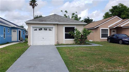 Photo of 917 SW 7th Pl, Florida City, FL 33034 (MLS # A11054984)