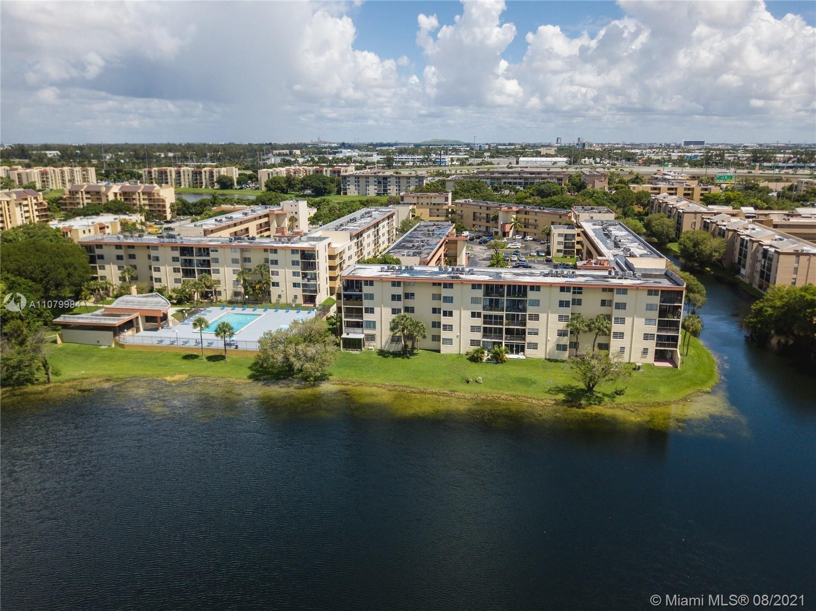 8895 Fontainebleau Blvd #110, Miami, FL 33172 - #: A11079984