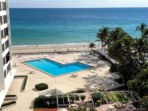 Photo of 3505 Ocean Dr #720, Hollywood, FL 33019 (MLS # A10969985)