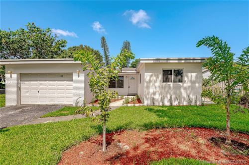 Photo of Hollywood, FL 33024 (MLS # A10886986)