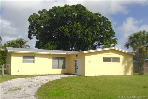 Photo of 12217 Hillman Dr #1, Palm Beach Gardens, FL 33410 (MLS # A10903986)