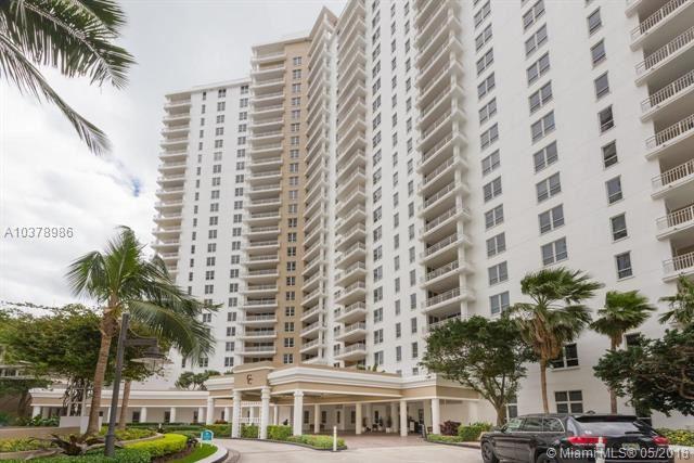 Photo for 701 Brickell Key Blvd #PH-12, Miami, FL 33131 (MLS # A10378986)