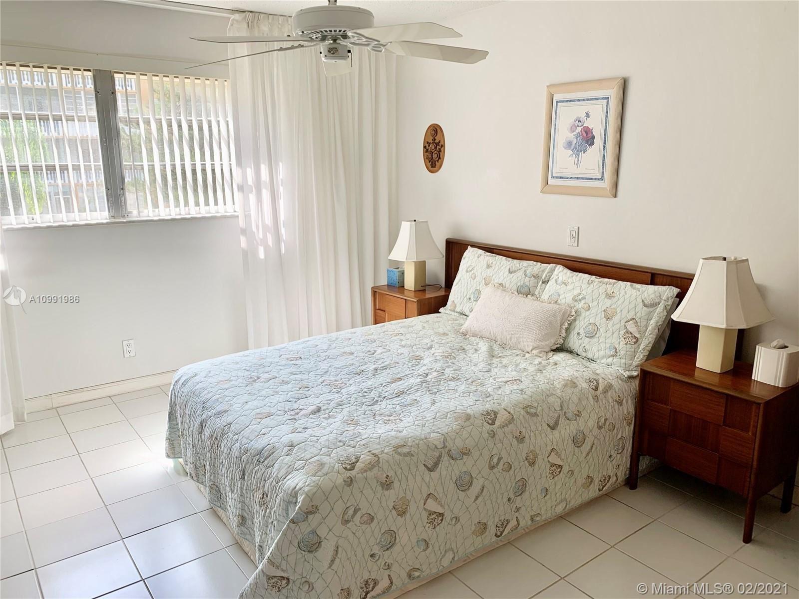 233 NE 14th Ave #205, Hallandale Beach, FL 33009 - #: A10991986
