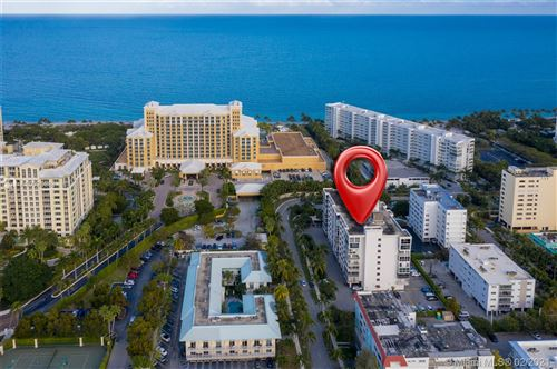 Photo of 550 Ocean Dr #8C, Key Biscayne, FL 33149 (MLS # A10995988)