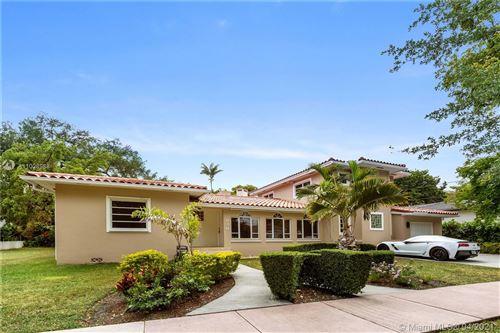 Photo of 936 Algaringo Ave, Coral Gables, FL 33134 (MLS # A11028988)
