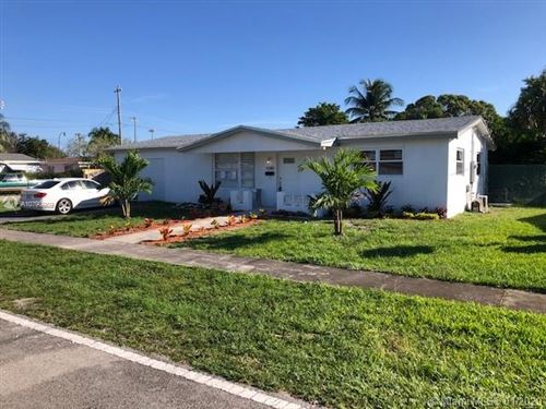 Photo of Listing MLS a10790989 in 4380 NW 36th Ter Lauderdale Lakes FL 33309