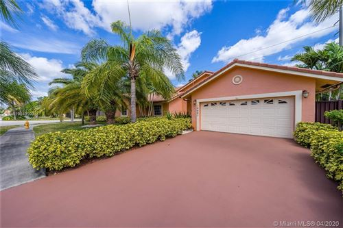 Photo of Listing MLS a10849990 in 14481 SW 160th Ter Miami FL 33177