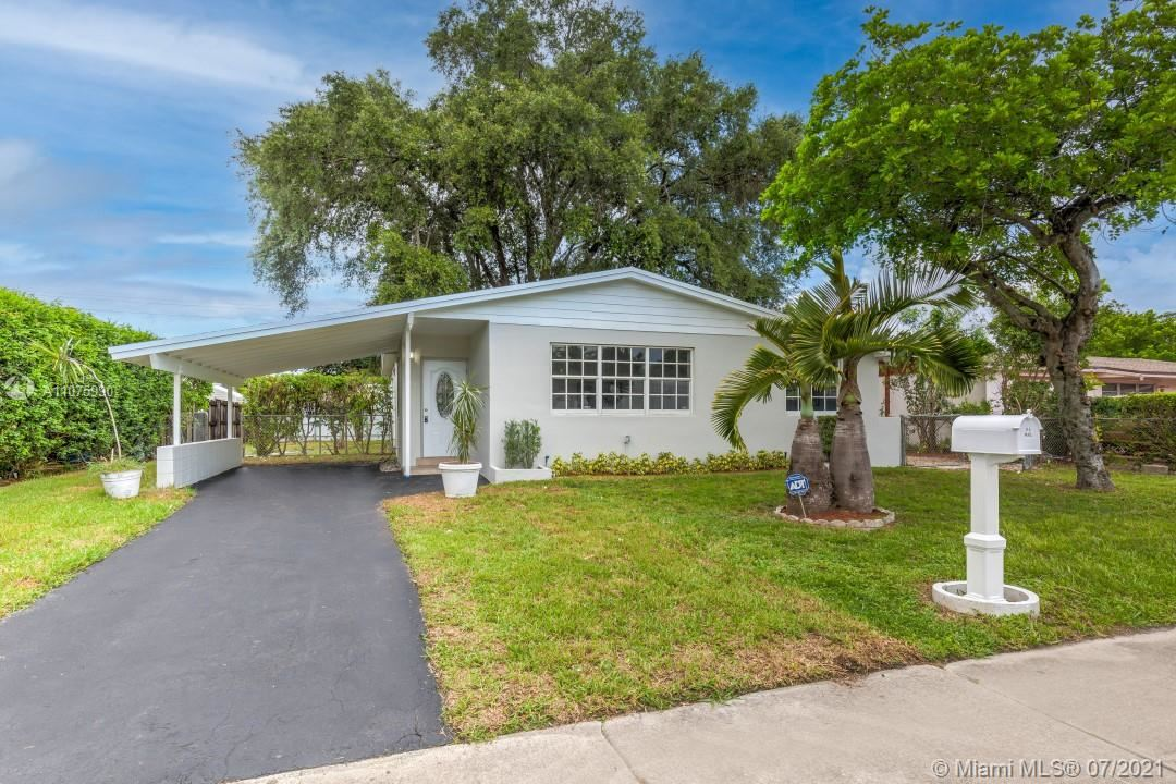 Photo of 320 N 66th Ave, Hollywood, FL 33024 (MLS # A11075990)