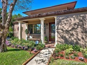 Photo of Listing MLS a10802991 in 233 Beverly Rd West Palm Beach FL 33405