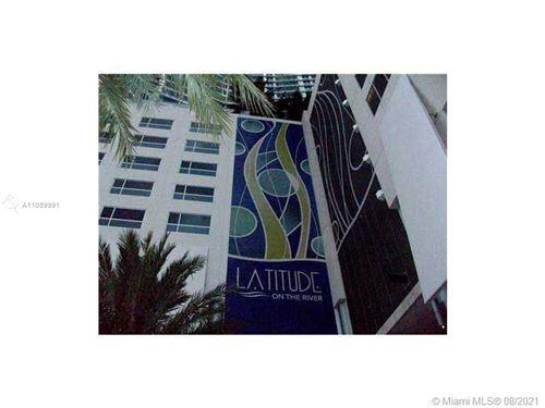 Photo of 185 SW 7 ST #2001, Miami, FL 33130 (MLS # A11089991)