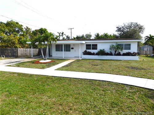 Photo of Listing MLS a10809992 in 316 NW 45 Ave Plantation FL 33317