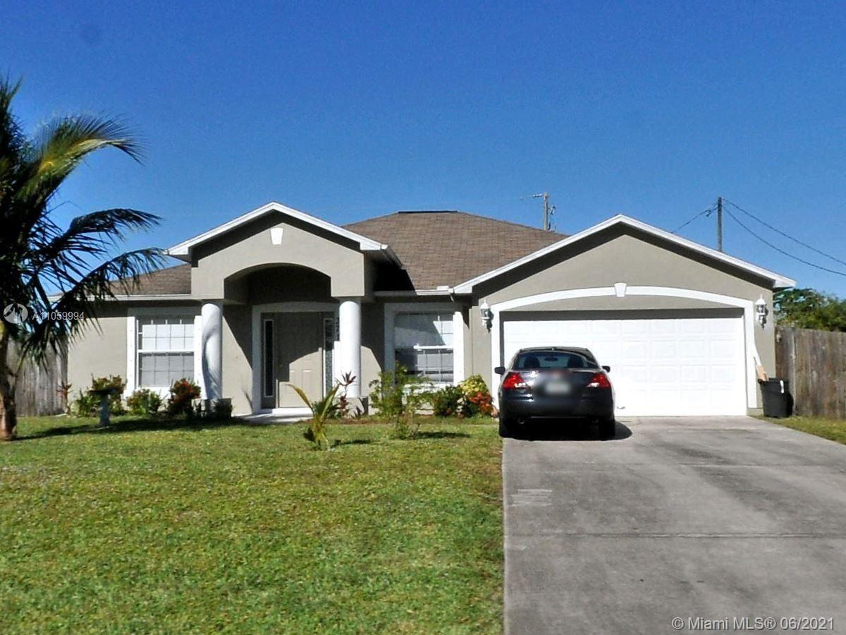 371 SW Undallo Rd, Port Saint Lucie, FL 34953 - #: A11059994
