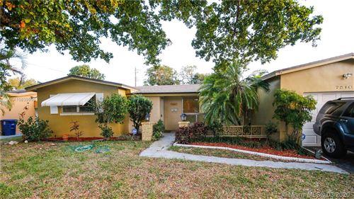 Photo of 7510 Biltmore Blvd, Miramar, FL 33023 (MLS # A10839996)