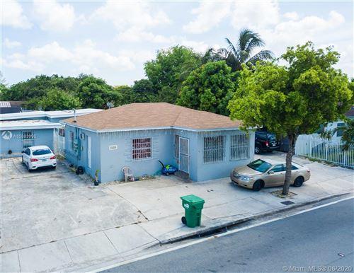 Foto de inmueble con direccion 2358 NW 103rd St Miami FL 33147 con MLS A10883996