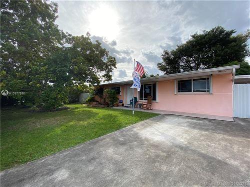 Photo of 4150 SW 106th Ave, Miami, FL 33165 (MLS # A10977996)