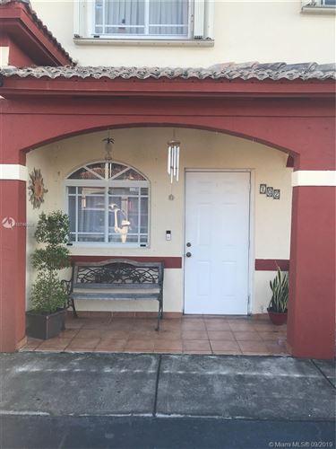 Foto de inmueble con direccion 11025 W Okeechobee Rd #102 Hialeah Gardens FL 33018 con MLS A10746998