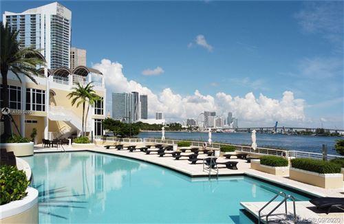 Photo of 808 Brickell Key Dr #1206, Miami, FL 33131 (MLS # A10934998)