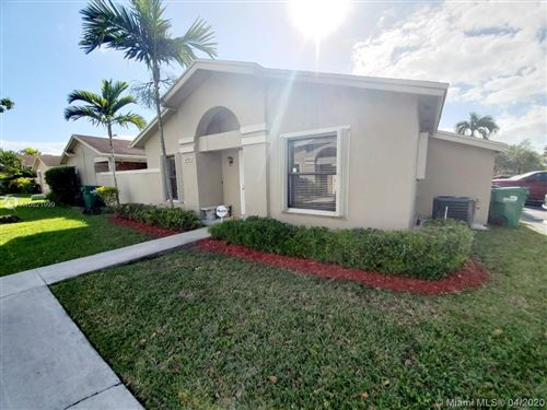 Photo of Listing MLS a10821999 in 6721 SW 152nd Pl #46-21 Miami FL 33193