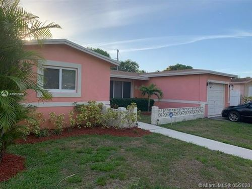 Photo of Listing MLS a10855999 in 3961 NW 35th Ter Lauderdale Lakes FL 33309