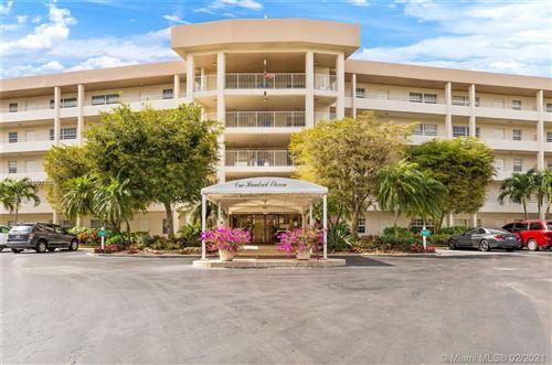 Photo of 535 Oaks Dr #207, Pompano Beach, FL 33069 (MLS # A11001999)