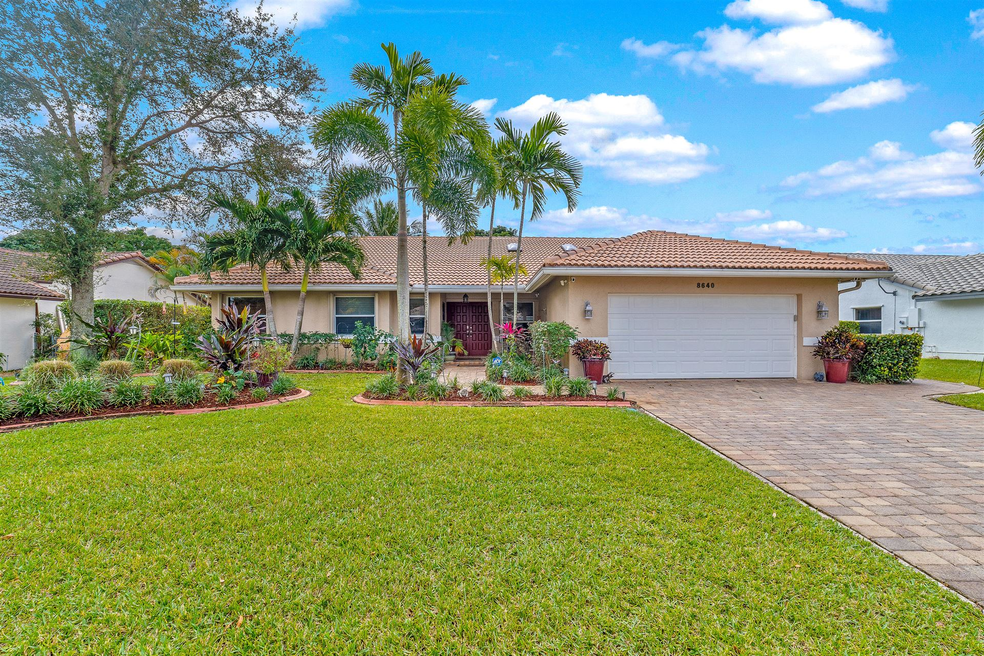 8640 NW 57th Court, Coral Springs, FL 33067 - #: RX-10682005