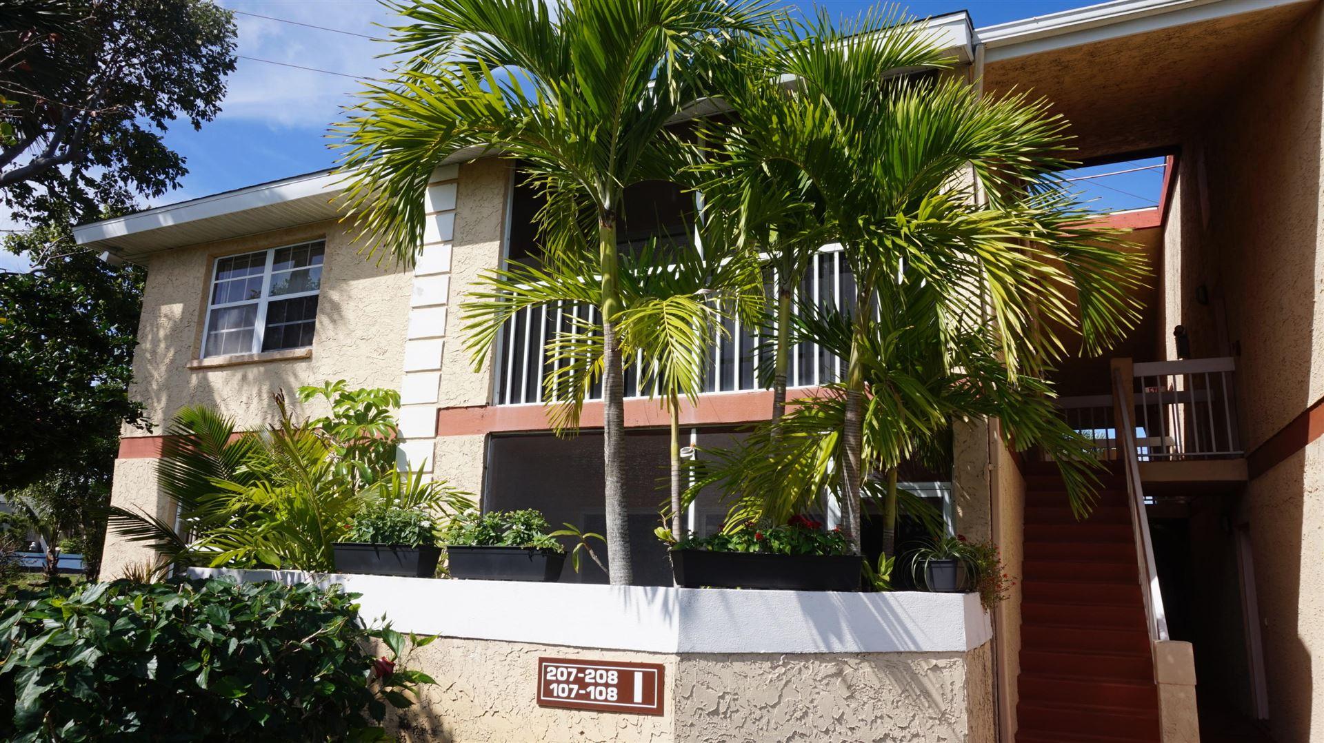 1540 SE Royal Green Circle #207, Port Saint Lucie, FL 34952 - #: RX-10696008