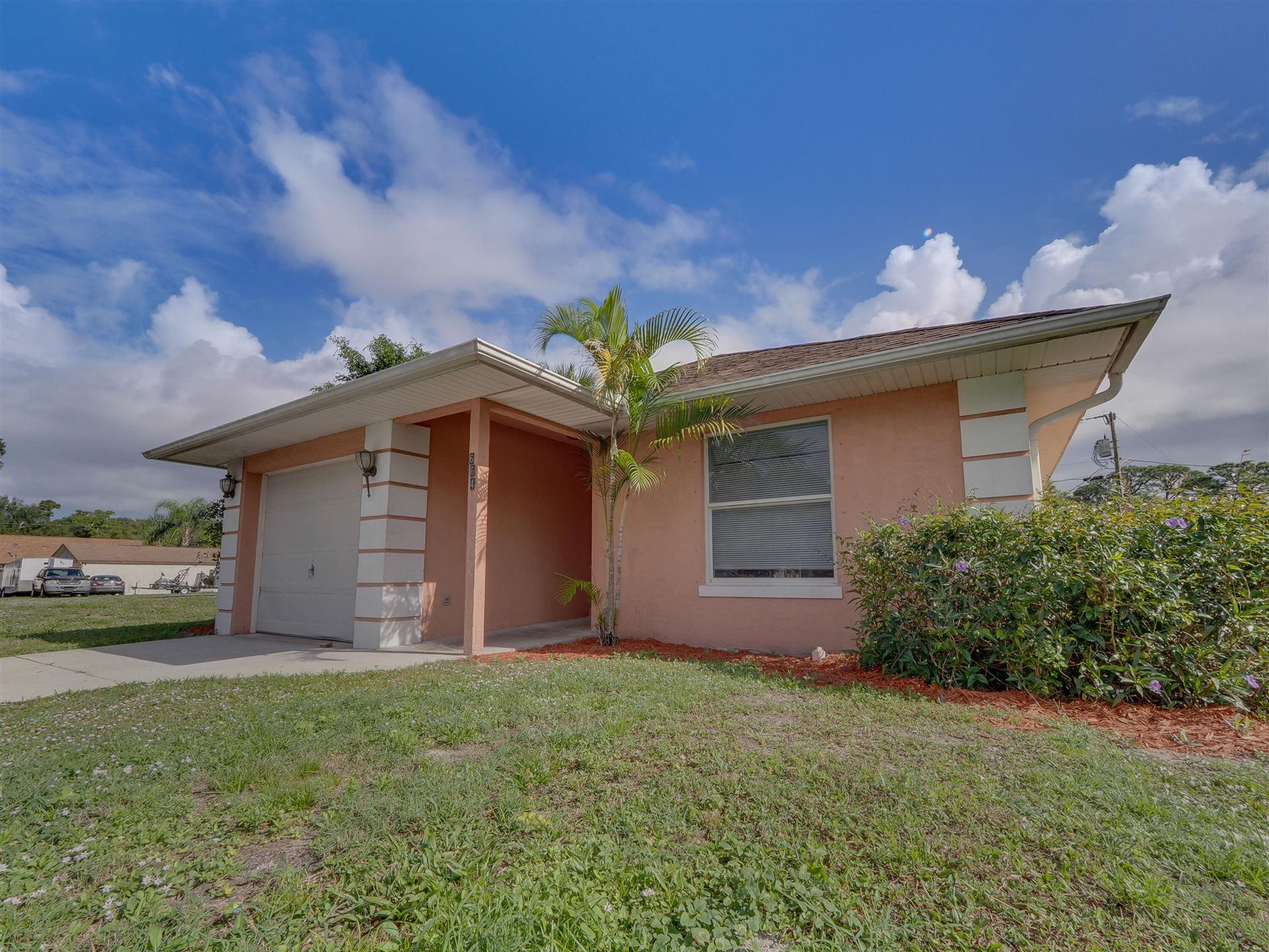 Photo of 664 30th Avenue SW, Vero Beach, FL 32968 (MLS # RX-10745008)
