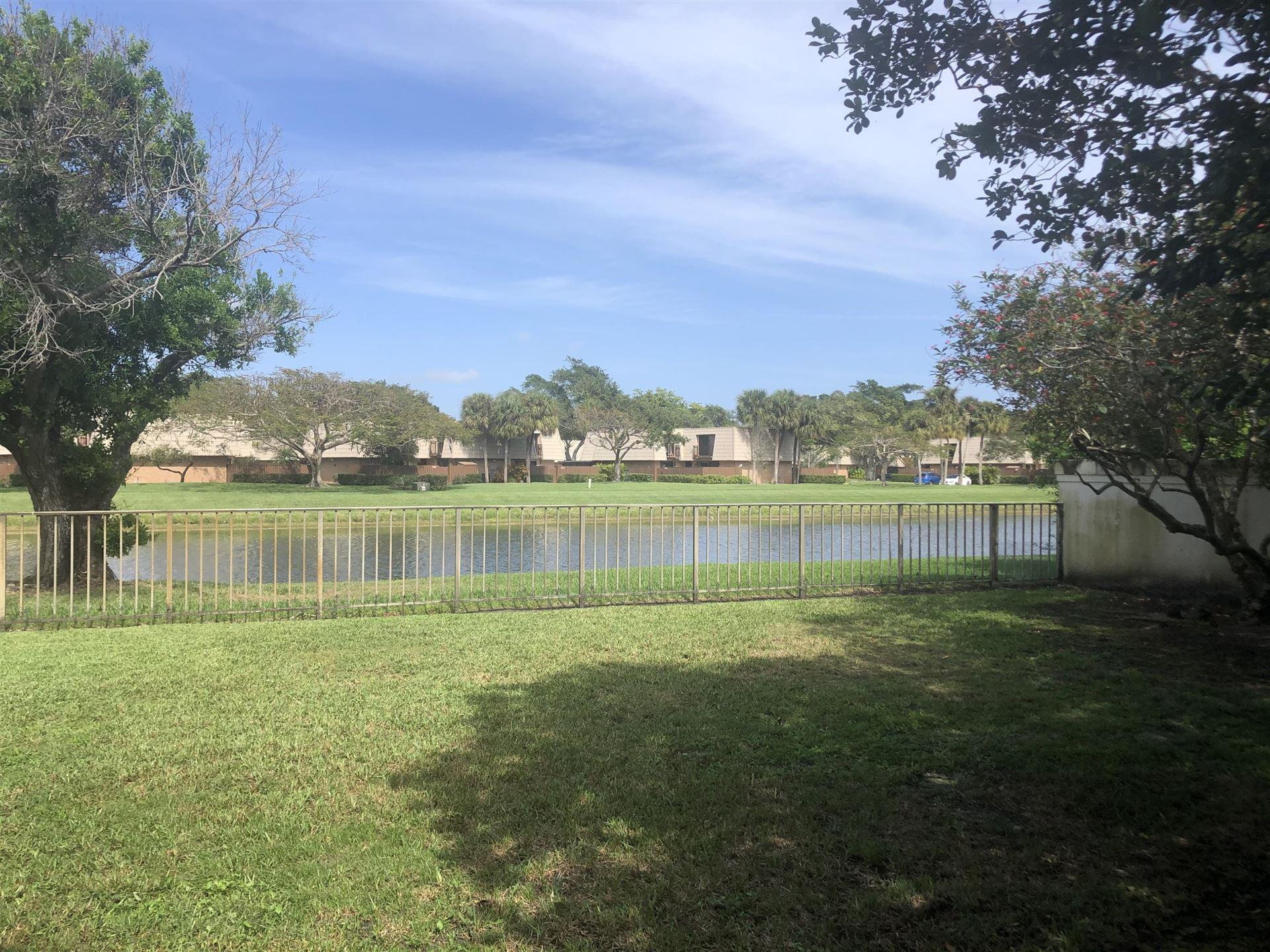 Photo of 2637 Mohawk Circle, West Palm Beach, FL 33409 (MLS # RX-10697009)