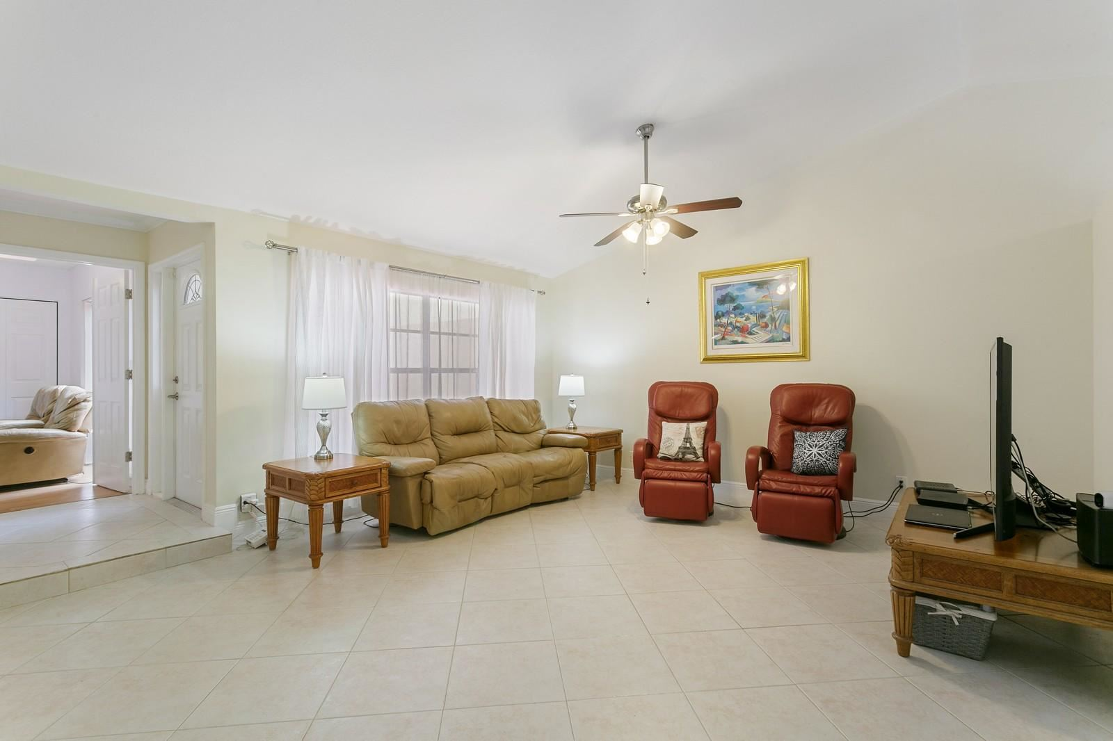 Photo of 5197 Peppercorn Street, Palm Beach Gardens, FL 33418 (MLS # RX-10629014)