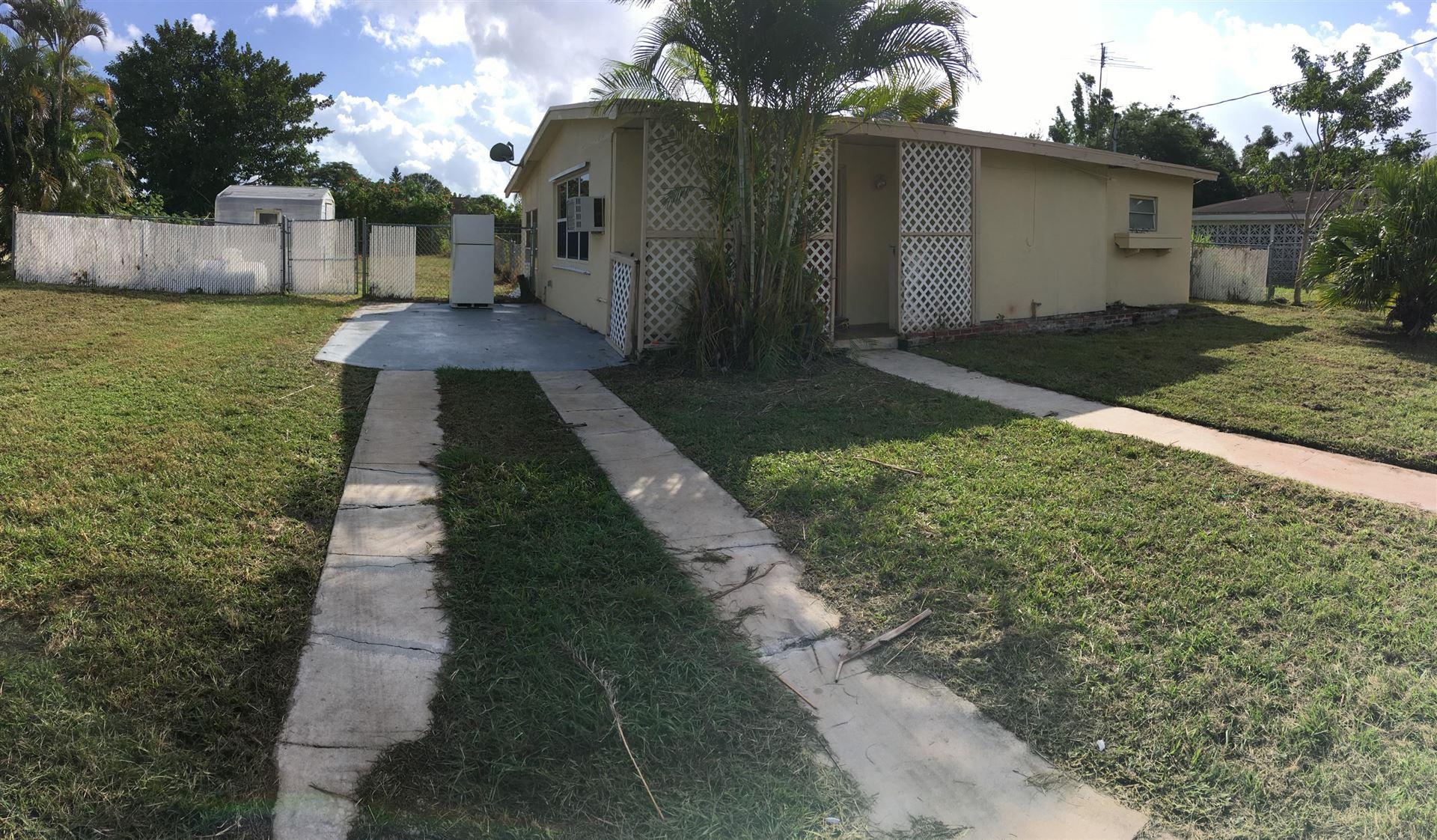 479 SE Sandia Avenue, Port Saint Lucie, FL 34983 - #: RX-10715014