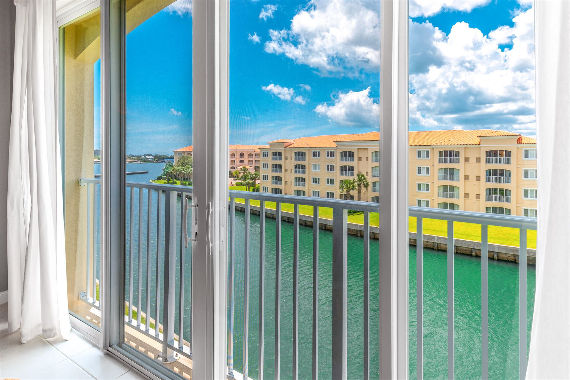 7 Harbour Isle Drive E #Ph 1, Fort Pierce, FL 34949 - #: RX-10635015