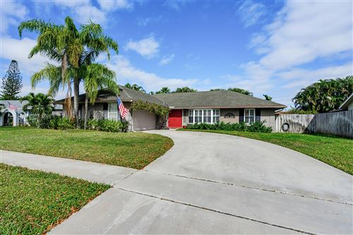 Photo of 11777 Inverness Circle, Wellington, FL 33414 (MLS # RX-10595017)