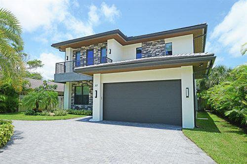 Photo of 317 E Boca Raton Road, Boca Raton, FL 33432 (MLS # RX-10631017)